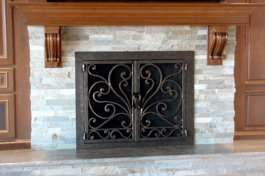 Faraday 7 Fireplace Door