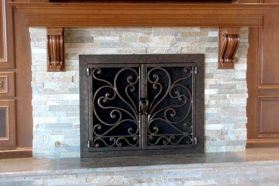 Faraday 7 Fireplace Door