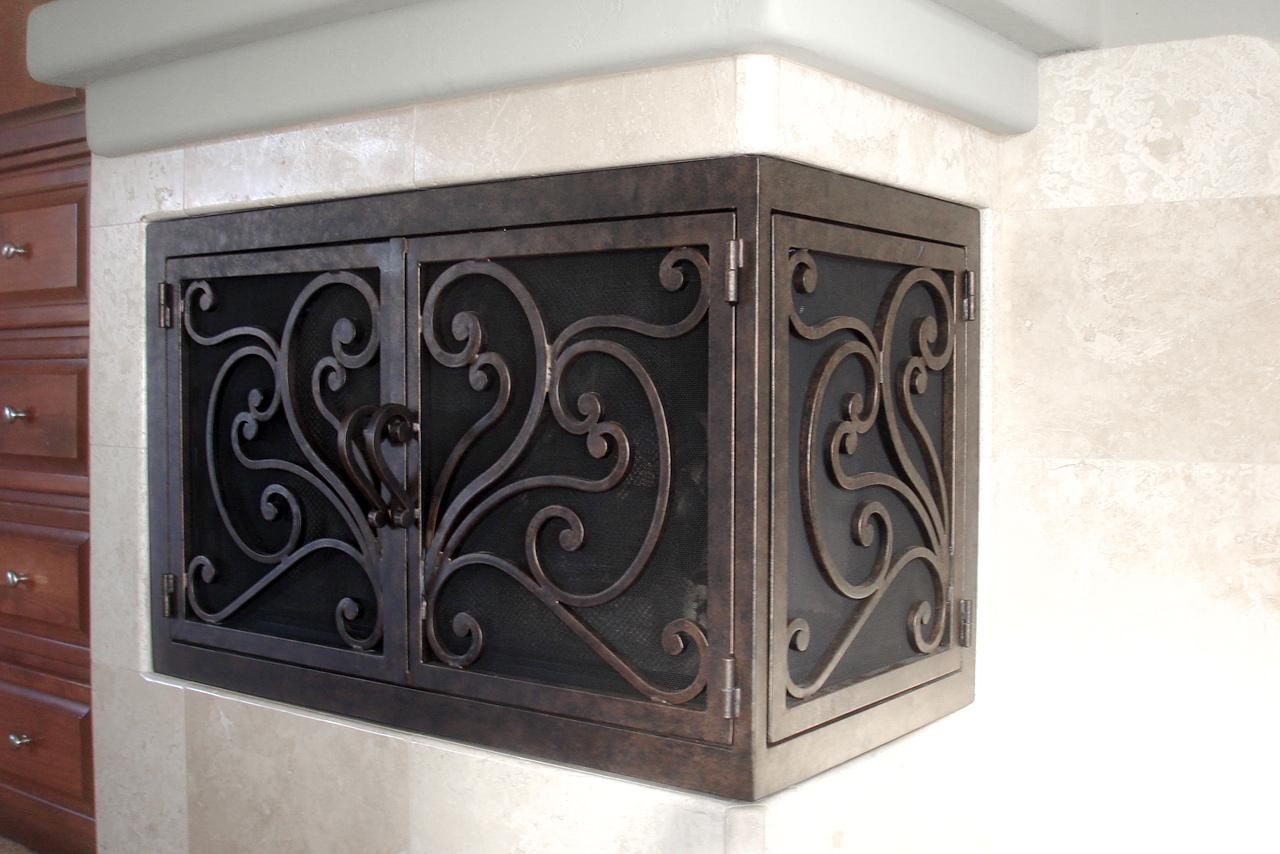Azalea 6 L-Shape Fireplace Door