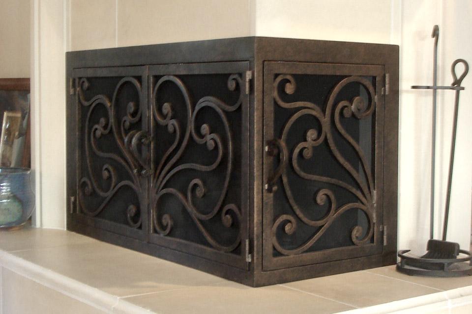 Azalea 6 L Shape Fireplace Door