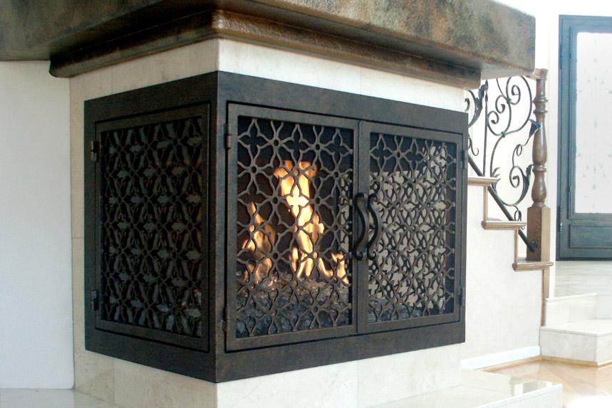 Batista 11 U Shaped Fireplace Door