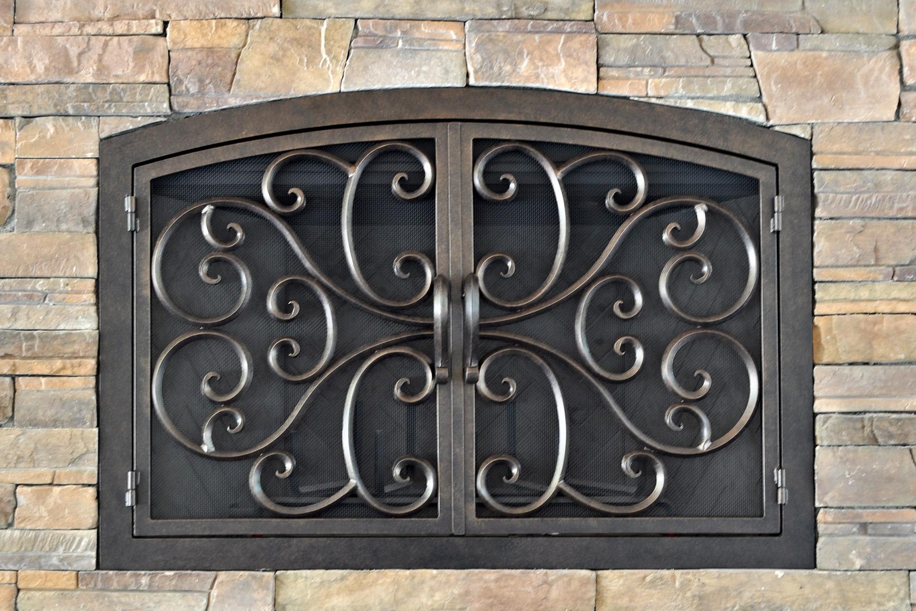 Blossum Fireplace Door