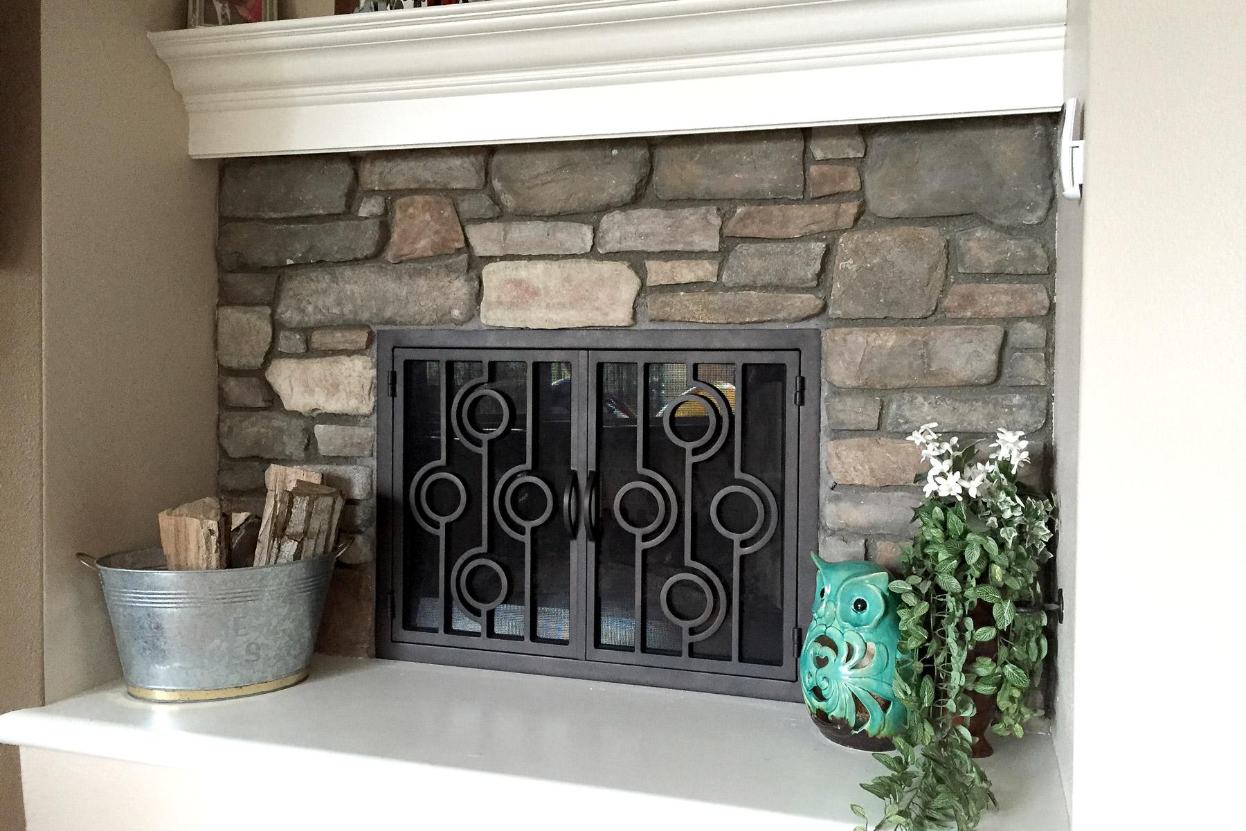 Cenote 39 Fireplace Door