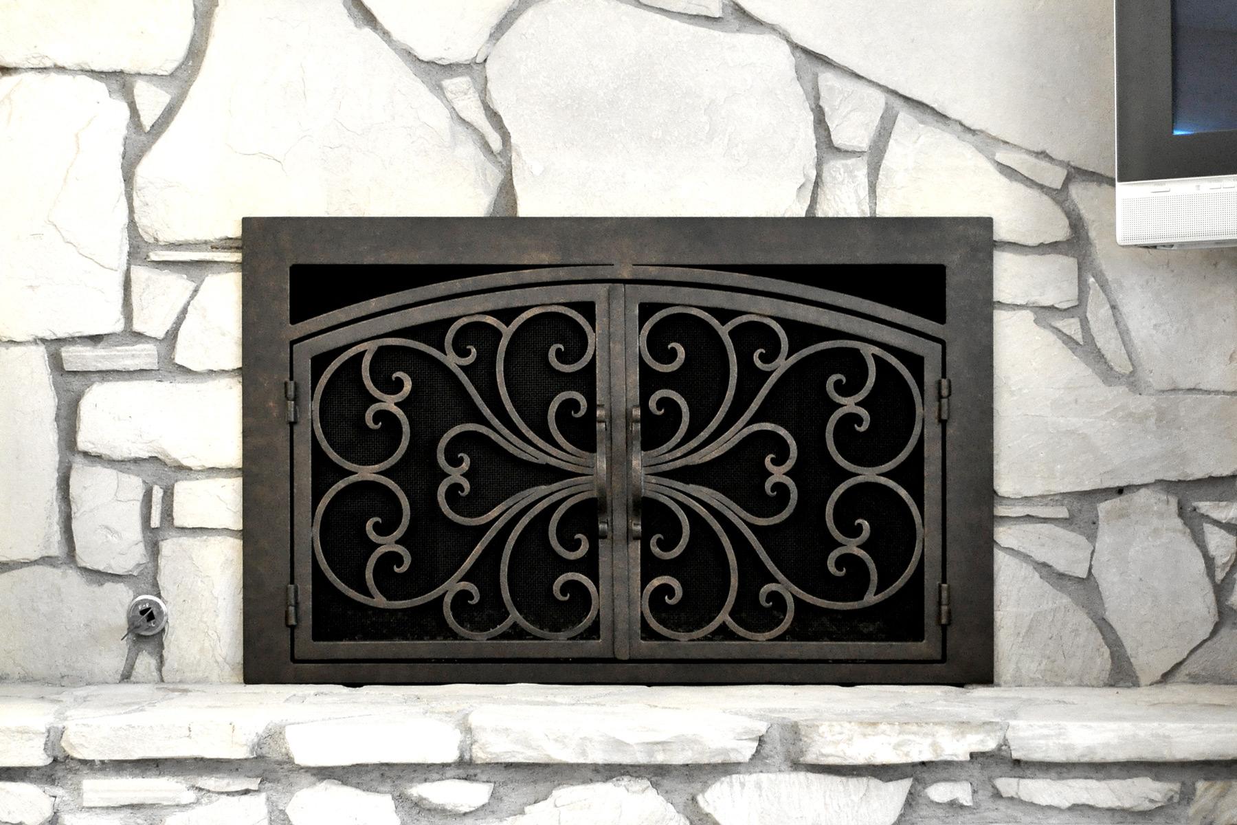 Classic 1 Arched Rectangular Fireplace Door