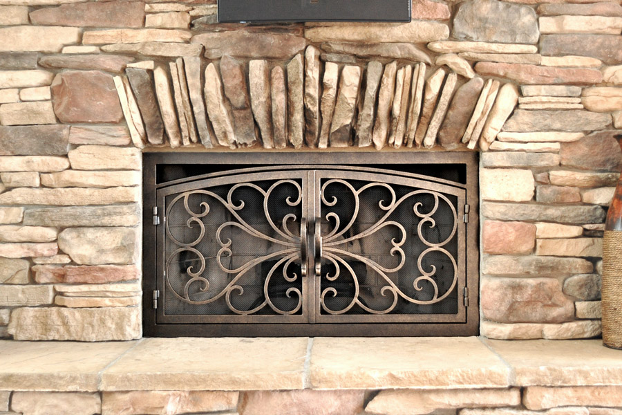 Classic 1 Arched Rectangular Fireplace Door