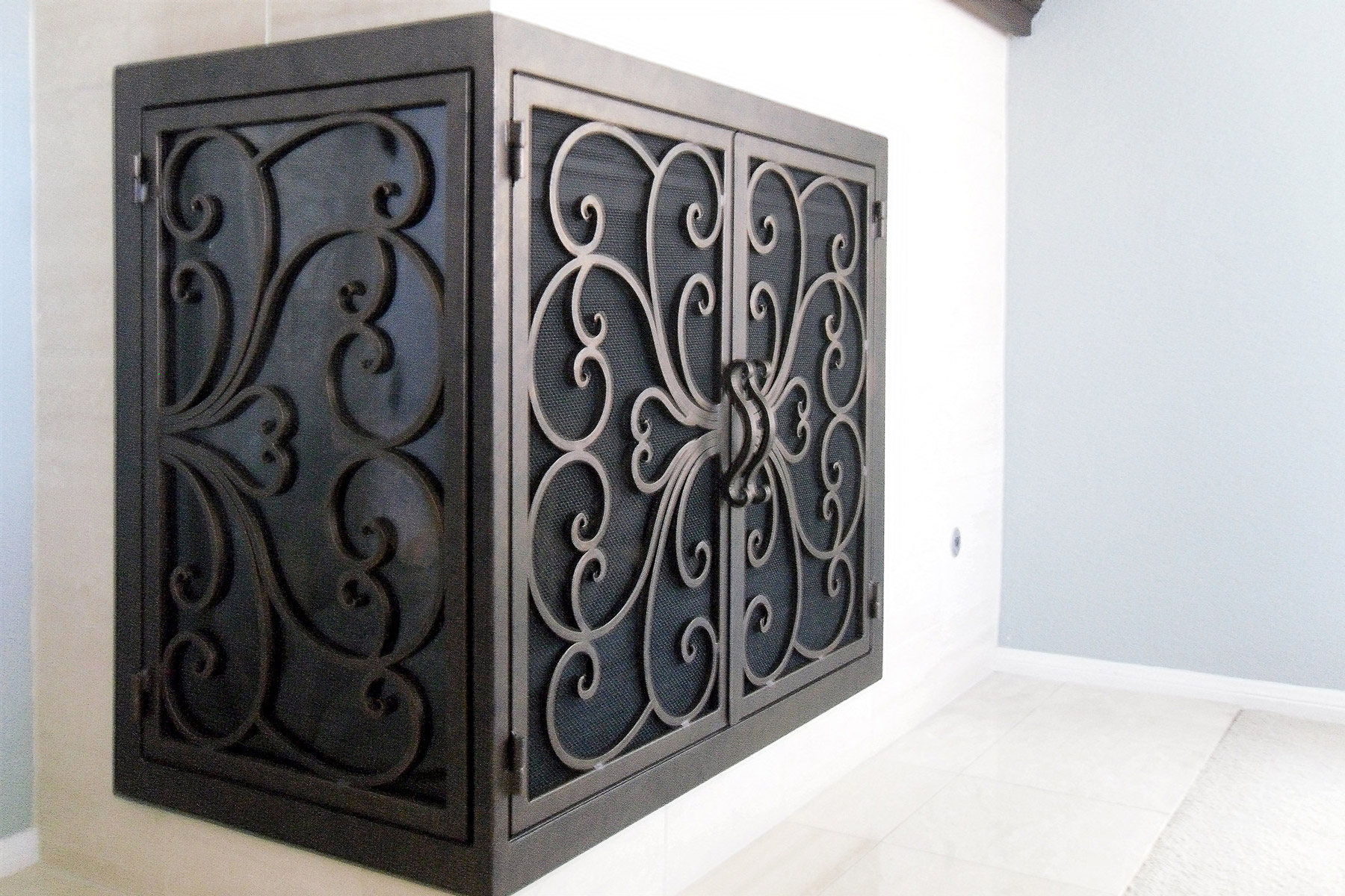 Classic 1 L Shape Fireplace Door