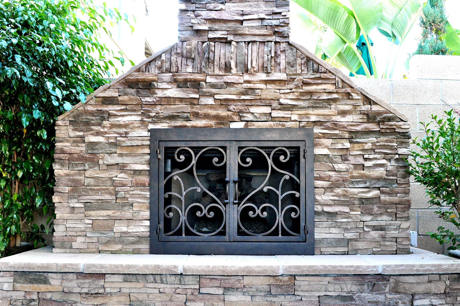 Del Mar Outside Fireplace Door