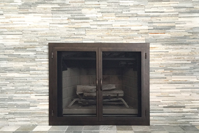Horizon 59 Fireplace Door