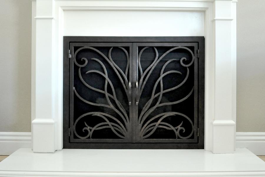 Napa 17 Fireplace Doors