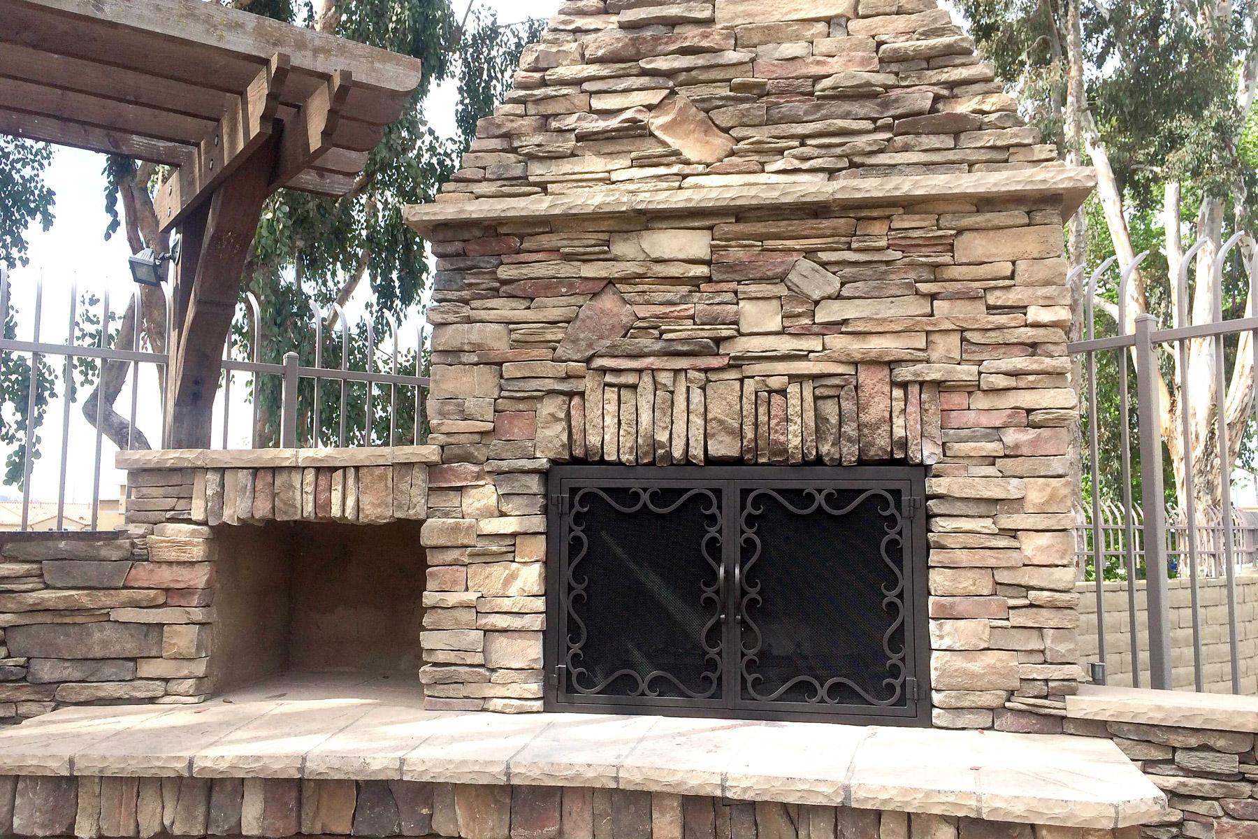 Reef 35 Fireplace Door