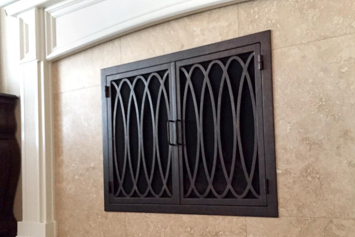 Ripple 25 Fireplace Door