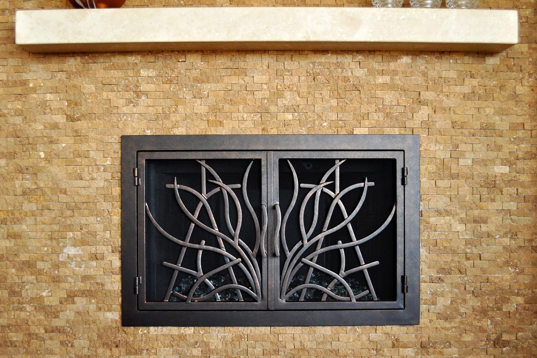 Saratoga 16 Fireplace Door