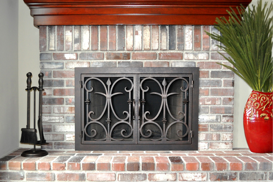 Triton 8 Fireplace Door