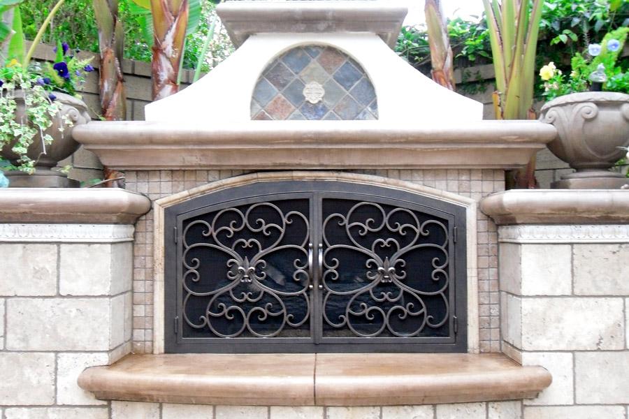 Valencia 2 Arch Fireplace Door