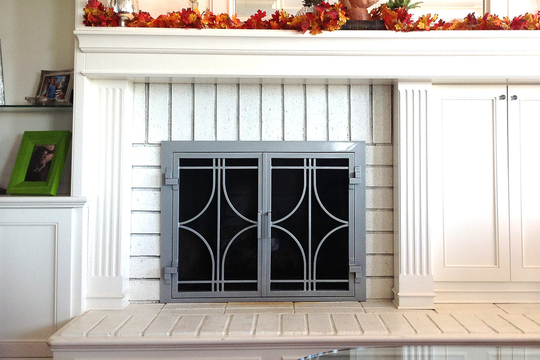 Stella 50 Fireplace Door Close